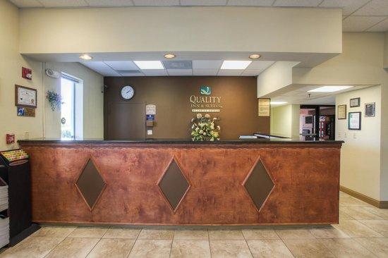Quality Inn & Suites: Reception