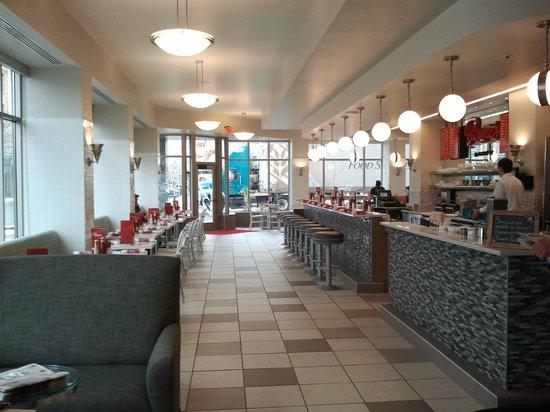 Northern Hotel: Bernies Diner - lecker Frühstück