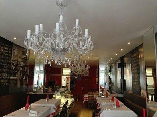 Bottega Italia: Seid den 02.05.2013 frisch renoviert