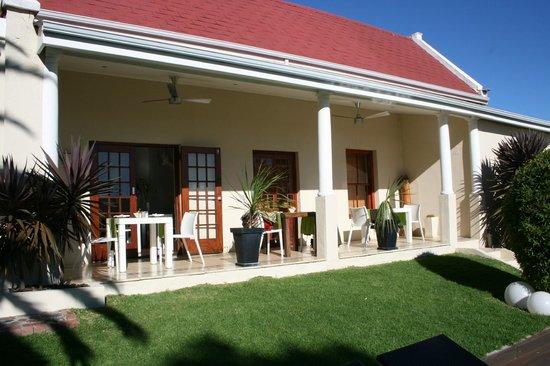 Cape Diem Lodge: Frühstück auf der Terrasse