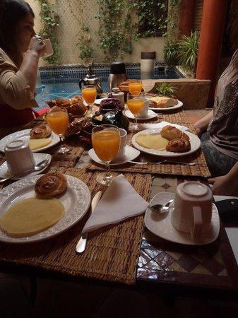 Riad Plein Sud : pequeno-almoço