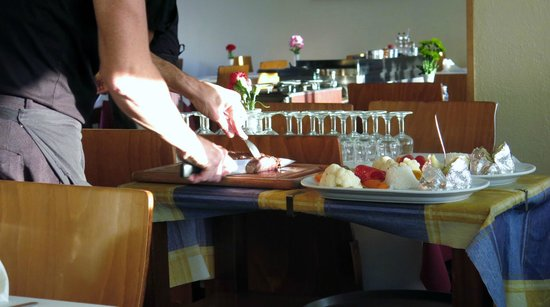 Restaurant Fernando : Oppskjæring av helstekt inndrefilet