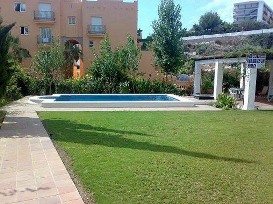 Almoraide Apartamentos: Piscina