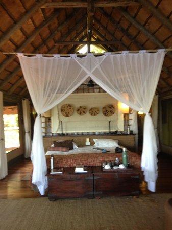 Wilderness Safaris Savuti Camp: Lovely Tented Room