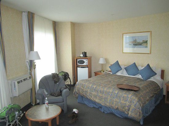 Best Western Plus Uptown Hotel: Our room 0003