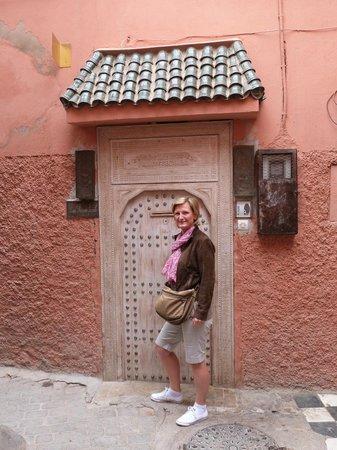 Riad Princesse Jamila: entrée coté rue,pas toujours facile à trouver....