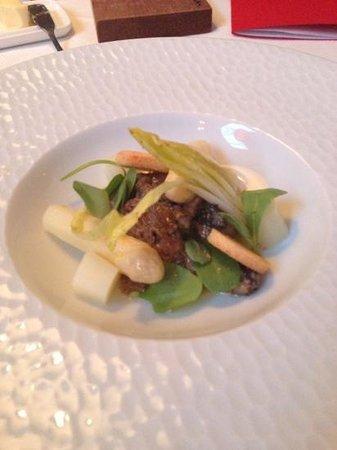 Restaurant Podium: Morieljes met asperges