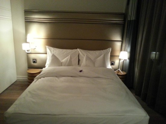 Limmathof Baden Hotel & Spa: Bed
