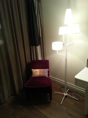 Limmathof Baden Hotel & Spa: Room decoration