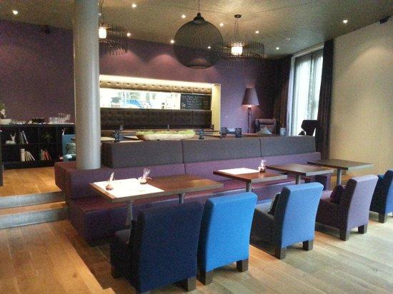Limmathof Baden Hotel & Spa: Breakfast room / restaurant
