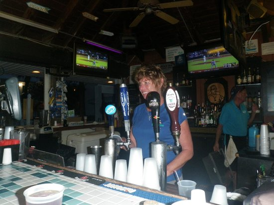 Sandbar Bill's: Best Bartender EVER!!!!!!!!