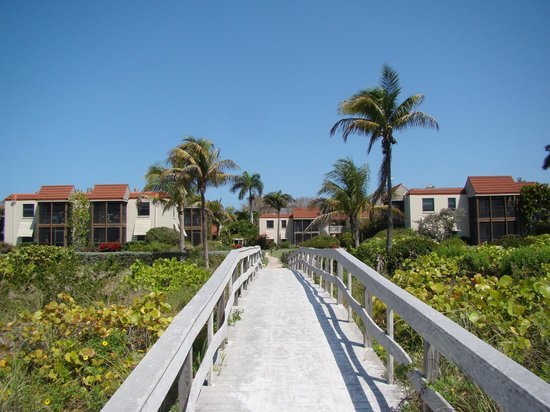 Sanibel Moorings Resort: view from beach