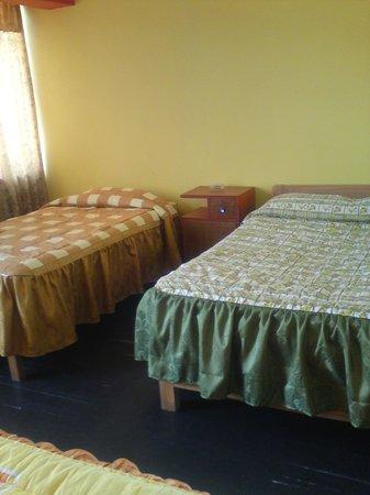 Lake Hostal : habitacion doble con baño privado ,wifi