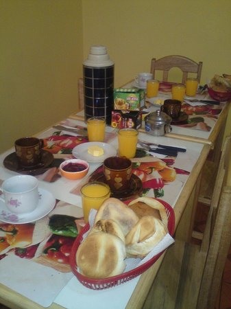 Lake Hostal : comedor  para   tomar desayuno