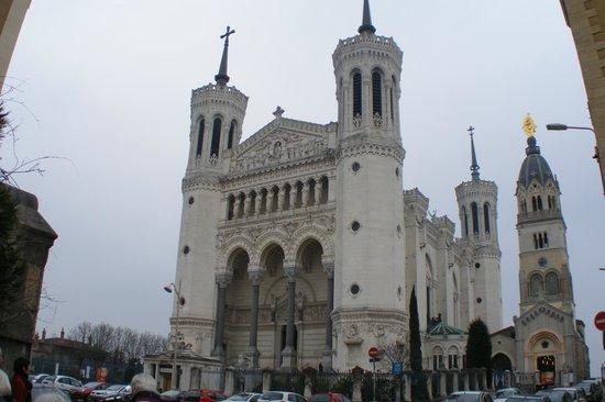 Basilique Notre Dame de Fourviere: Frontal view