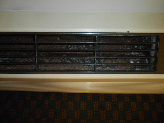 Sleep Inn near Ft. Jackson: air conditioner mold