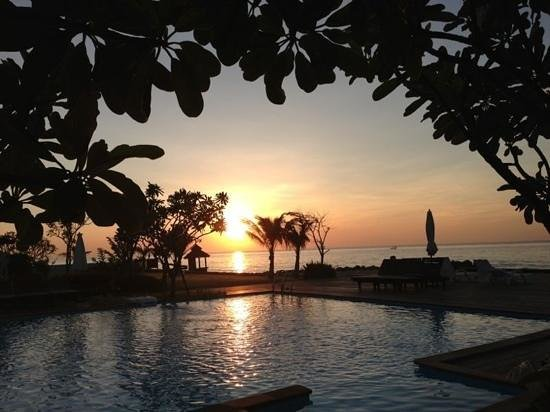 I-Tara Resort & Spa: romantic sun rise