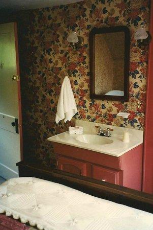 Windermere Inn: Room 2