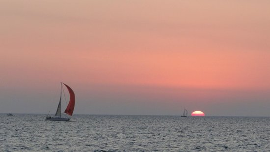 Windermere Inn : Sunset at Lake Michigan