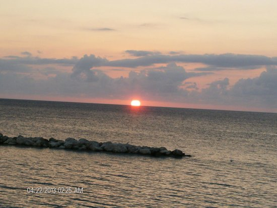 Sunscape Splash Montego Bay: Sunset View from Sunset Beach dining area