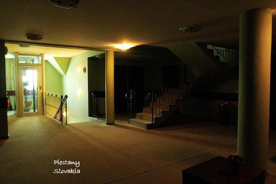 Rybarsky Dvor: 1st floor