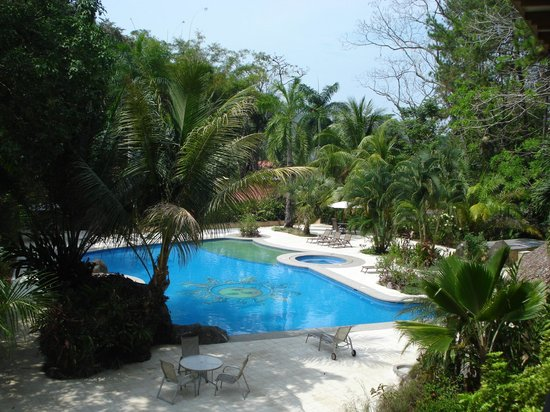 DoceLunas Hotel, Restaurant & Spa: pool area