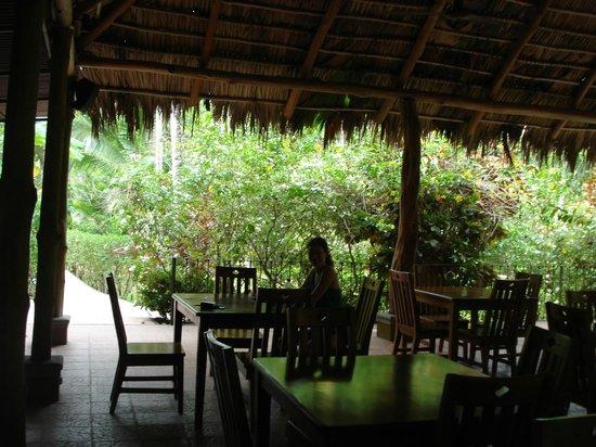 DoceLunas Hotel, Restaurant & Spa: in the open air restaurant