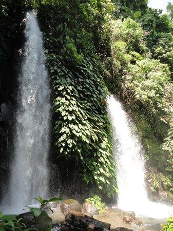 Bicol Region, Philippines : twin falls