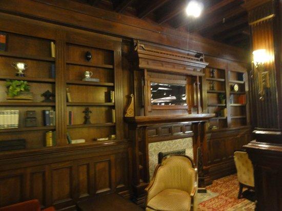 Crown Room Brunch at Hotel del Coronado: Library