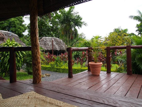 Samoan Outrigger Hotel: Fale