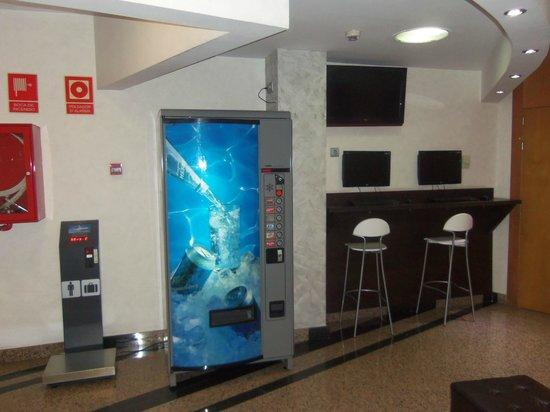 Hotel Nuevo Triunfo: Facilities in the lounge !