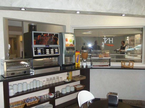 Hotel Nuevo Triunfo: Breakfast Room