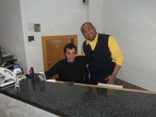 Hotel Nuevo Triunfo: Me  & Marc at the front desk