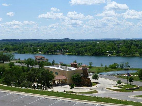 La Quinta Inn & Suites Marble Falls: Lake View