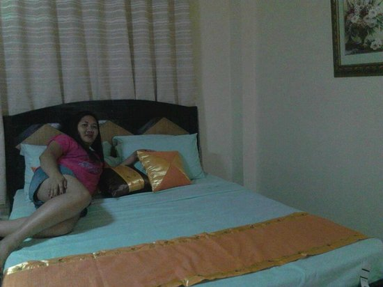 Boracay Holiday Resort: in her comfy bed