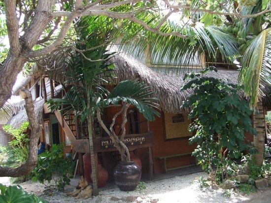 Green Lodge: Bungalow facing Beach??
