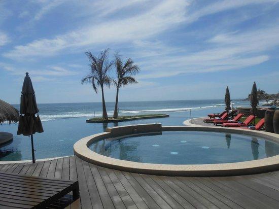 Sol Pacifico Cerritos: Infinity Pool & Pacific