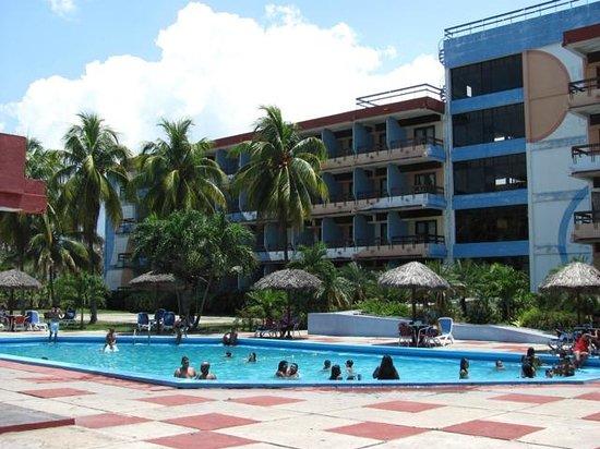 Manzanillo, Cuba: back pool view