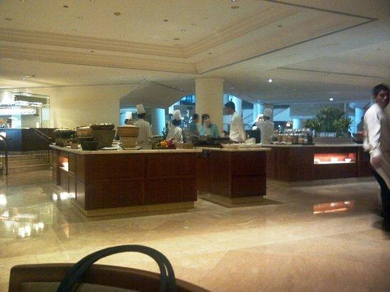 โรงแรมแกรนด์ ไฮแอท: Restaurant