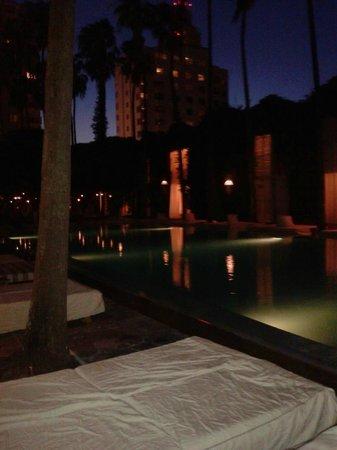Delano South Beach Hotel: delano bar a bordo piscina