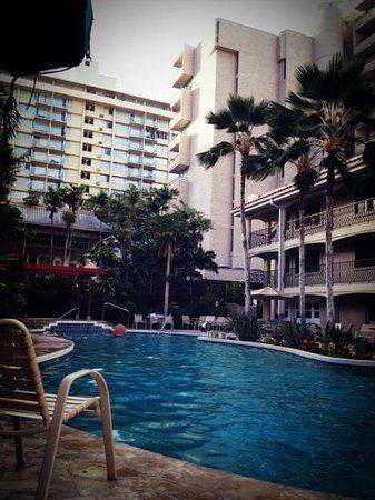Waikiki Sand Villa Hotel: 説明文を追加