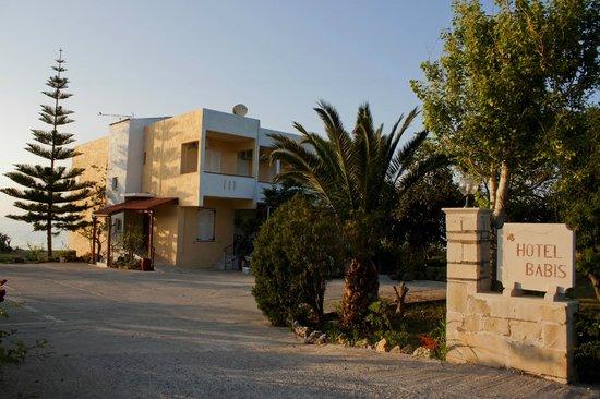 Hotel Babis: Hotel entrance