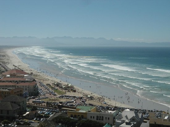 Constantia Cottages : Proximity - Muizenberg Beach