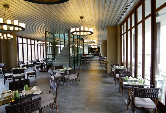 Sunsuri Phuket : Sail Restaurant