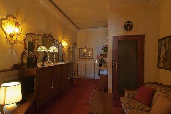 Hotel Casa Lea: saletta 2