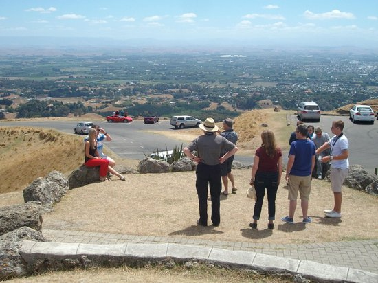 Prinsy's Tours Hawkes Bay: ...the group