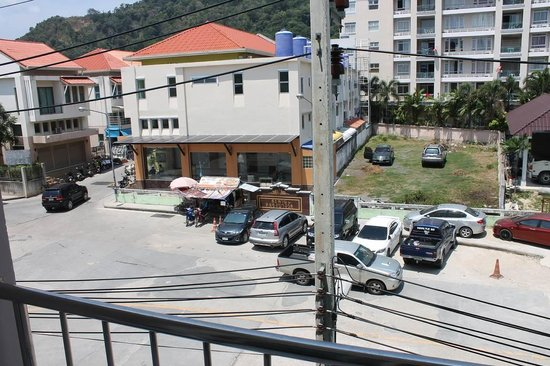 Forest Patong Hotel: Вид с балкона