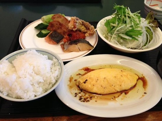 Art Hotel Joetsu: 朝からつい食べ過ぎるバイキング