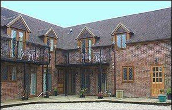 Solent Reach Mews: Cottages
