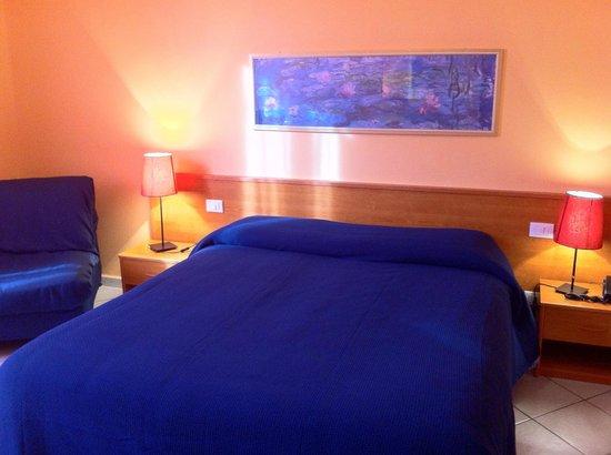 Hotel Leopolda: CAMERA MATRIMONIALE